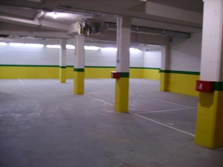 Pintar suelo garaje latest pintura epoxi suelos colores - Se puede pintar el piso ...