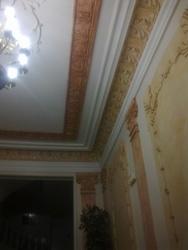Pintado de techos y paredes con pintura plástica y patinado con veladuras