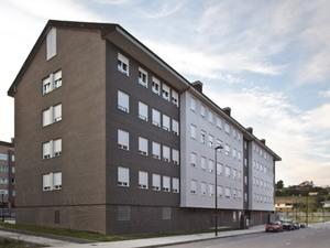Pintado con pintura plástica 41 viviendas de obra nueva